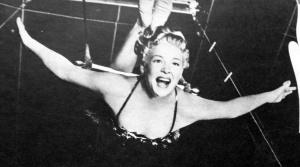 Trapeze betty